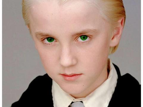 《哈利波特》冷知识:英国为其修改法律,马尔福想演哈利波特