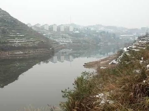 下雪天阻挡不了钓鱼人的脚步,为钓鱼人的精神点赞