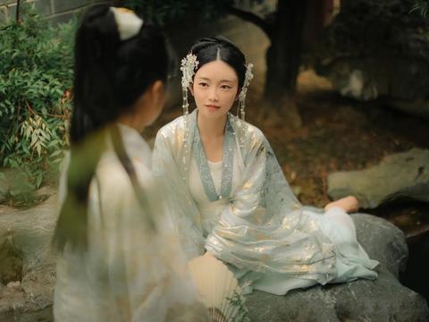 婆婆棒打鸳鸯令儿休妻,本是凄美爱情故事,却催生出千古唯美诗篇