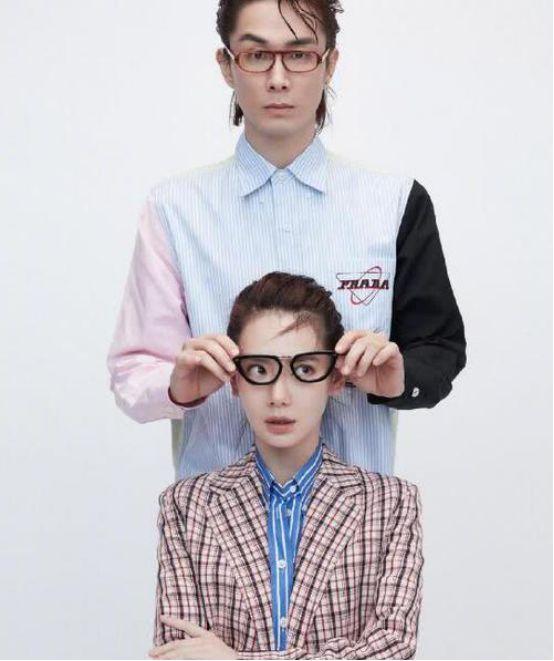 戚薇李承铉合体拍杂志,犹如双胞胎,网友:也太有夫妻相了吧!