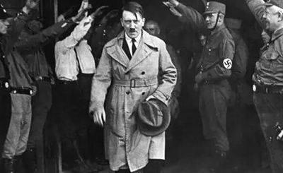 犹太女化身艳谍,香吻阻止希特勒细菌战,死前竟提了个莫名要求