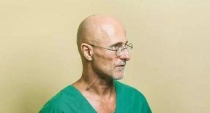 还记得世界首例成功的头部移植手术吗?后来怎么样