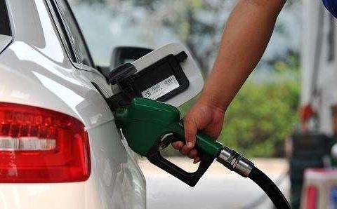 南充的车主速看!油价有变动,还有这些小知识不要错过