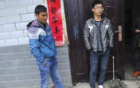 """中国男性比女性多3049万人,农村""""光棍""""问题咋办,4个坚决方法"""