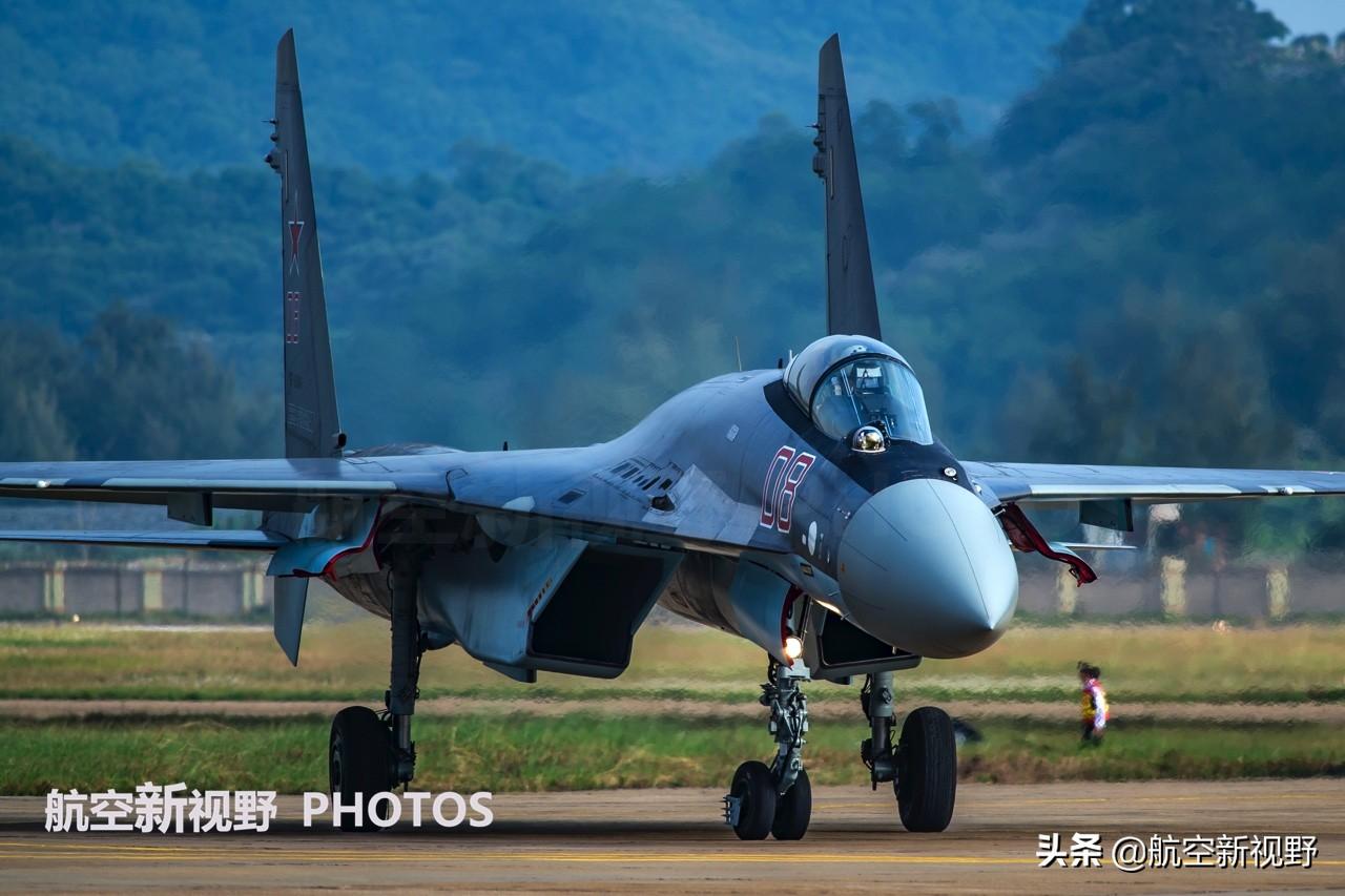 实拍终极侧卫苏-35S,现役最强的俄制战机,难创昨日辉煌