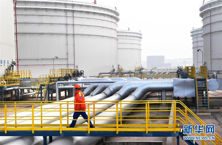 山东港口青岛港启动保税原油混兑调和业务