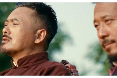 《让子弹飞》是由周润发,姜文和葛优领衔主演的喜剧动作片