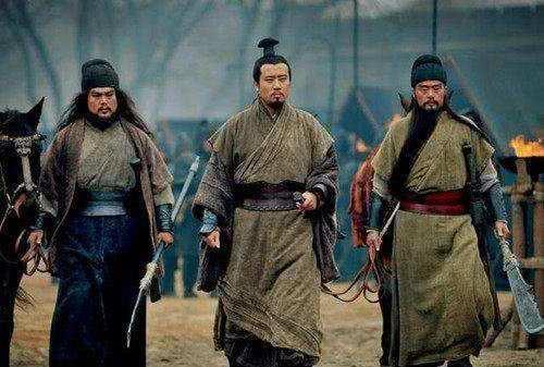 刘备只是个织席贩履之辈,没背景没钱,靠什么维持军队开销?