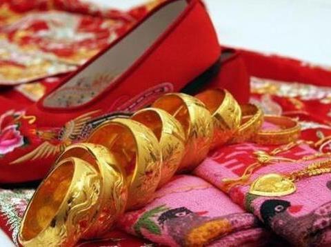 古代女子结婚,为什么嫁妆里会有一块白布,还不可或缺