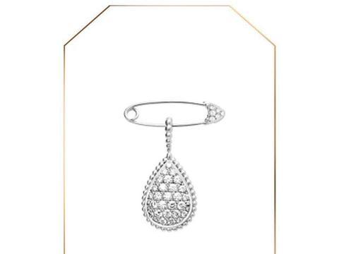 200119 品牌认证鹿晗出席活动时佩戴的胸针 贵气绅士凸显随性气质