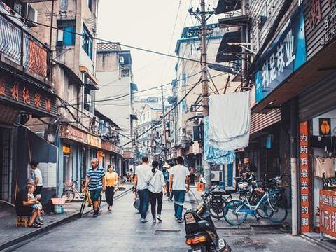 """曾是武汉的""""小商品一条街"""",名气堪比义乌"""