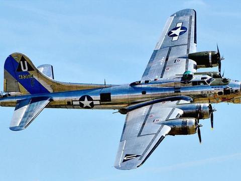 美军B29轰炸机战力如何?弹仓容量超过9吨,曾令日军闻风丧胆