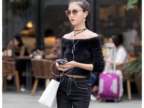 美女街拍:身材丰腴的小姐姐,时尚穿搭,展现出迷人风采!