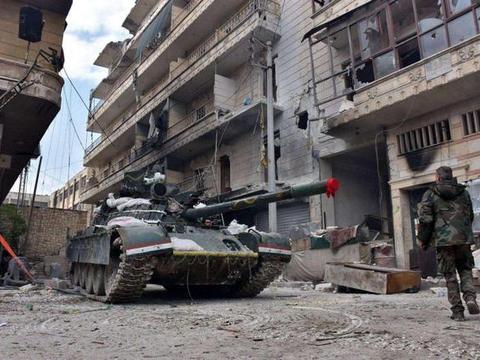 土耳其集结上千叛军,对叙利亚政府军发起进攻,双方打了三天三夜