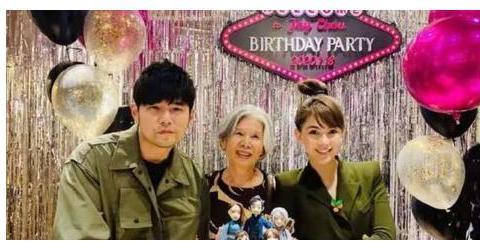 林俊杰昆凌等为周杰伦庆生:41岁状态好,妈妈叶惠美意外成主角