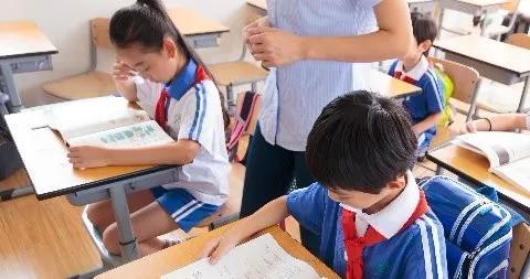 激辩马云乡村教育观:乡村学校寄宿制有没有必要?