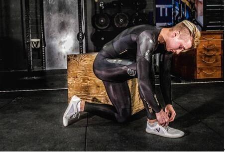 Skins压缩衣测评:名副其实第二层皮 跑友必备神器