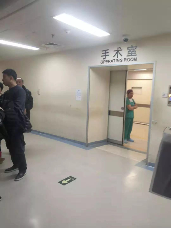 北京朝阳医院伤医事件:医生伤了