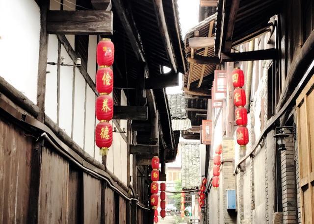 """重庆有个千年古镇,藏着""""川渝""""式碉楼,被称为长江第一旱码头"""