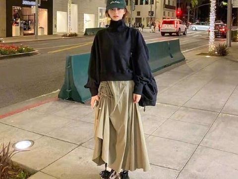 """真正时髦的女人,少穿""""卫衣牛仔裤"""",俗气!看韩国人搭配才洋气"""