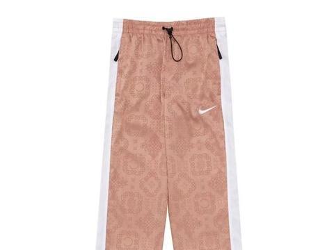 潮流 | CLOT x Nike 粉丝绸系列上架;BAPE 20