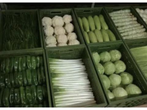 中国军人叠的豆腐块其实不算啥,看了部队的食堂那才是震撼!