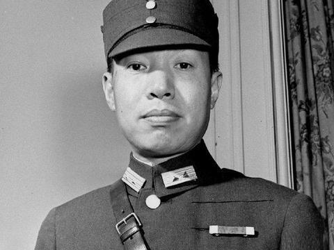 他是蒋经国的导师,培养出了蒋经国,自己却垮台了!