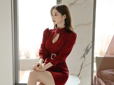 孙允珠-深红拉菲连身浪漫束腰包臀裙鉴赏