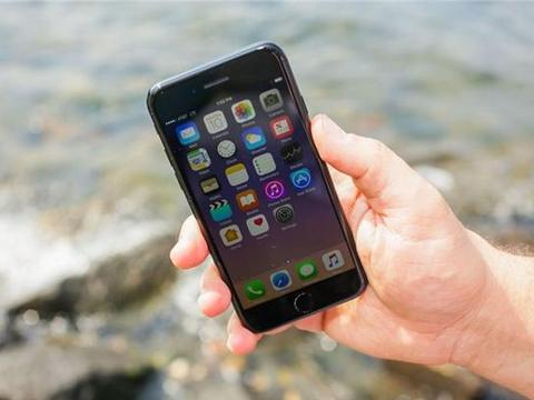 """iPhone 7Plus口碑""""炸裂"""",3大缺陷却很明显"""