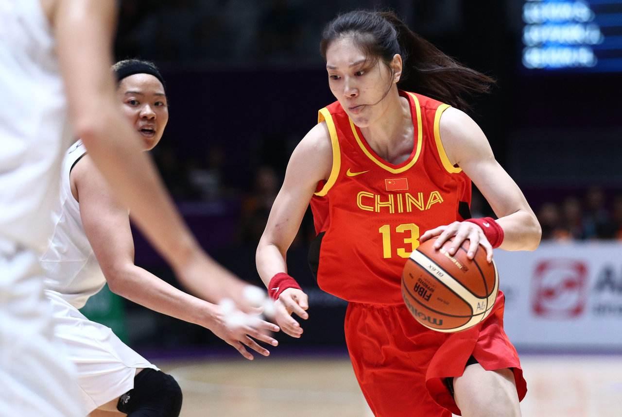中国女篮狂胜对方,网友调侃女版梦之队诞生啦!