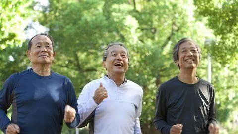 四十五岁以后,每天都坚持跑步,外貌会发生变化吗?有3种好处