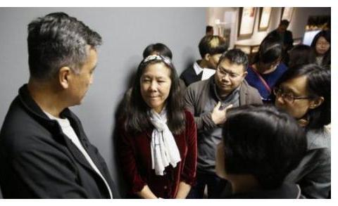 20万美籍华人遭到遣返,当初放弃国籍加入美国,如今却后悔不已