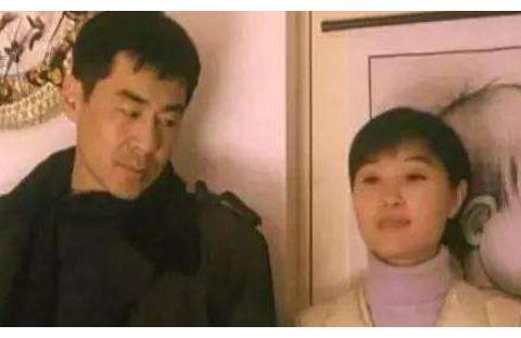 她曾与陈建斌恩爱,同居多年却分手,如今靠演小三翻红