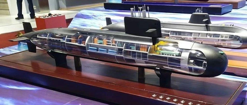 """225亿即将到手,第二个""""巴铁""""增购中国潜艇,越南人不敢再嚣张"""