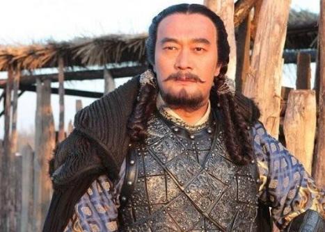 为了坐稳皇位,他先是杀了生母和妻儿,随后又霸占了儿媳