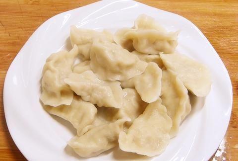 过年了,饺子要想好吃,饺子馅就应该这样调,全家都爱吃