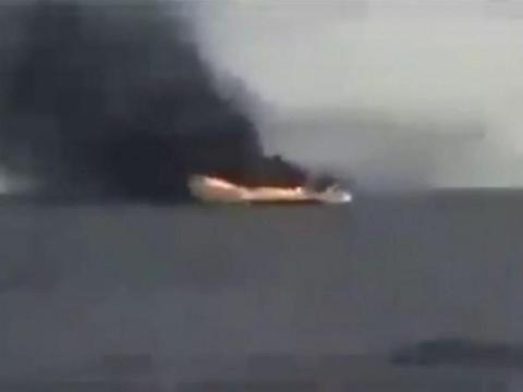 运输船被火焰吞噬,国民军战机立下大功,土耳其进退两难