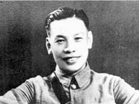 上尉蒋经国,少将换走了他的枪,上校给了他二耳光