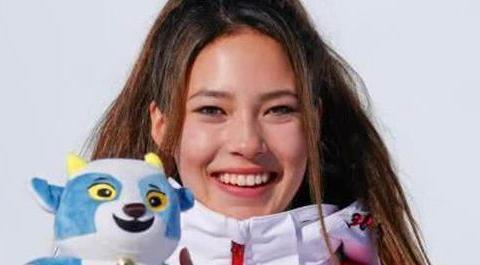 震撼!16岁新星弃美国国籍,代表中国夺青奥会冠军,还秀流利中文