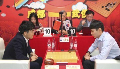 聚焦   新春围棋争霸赛柯洁告负 朴廷桓贺岁杯三连冠