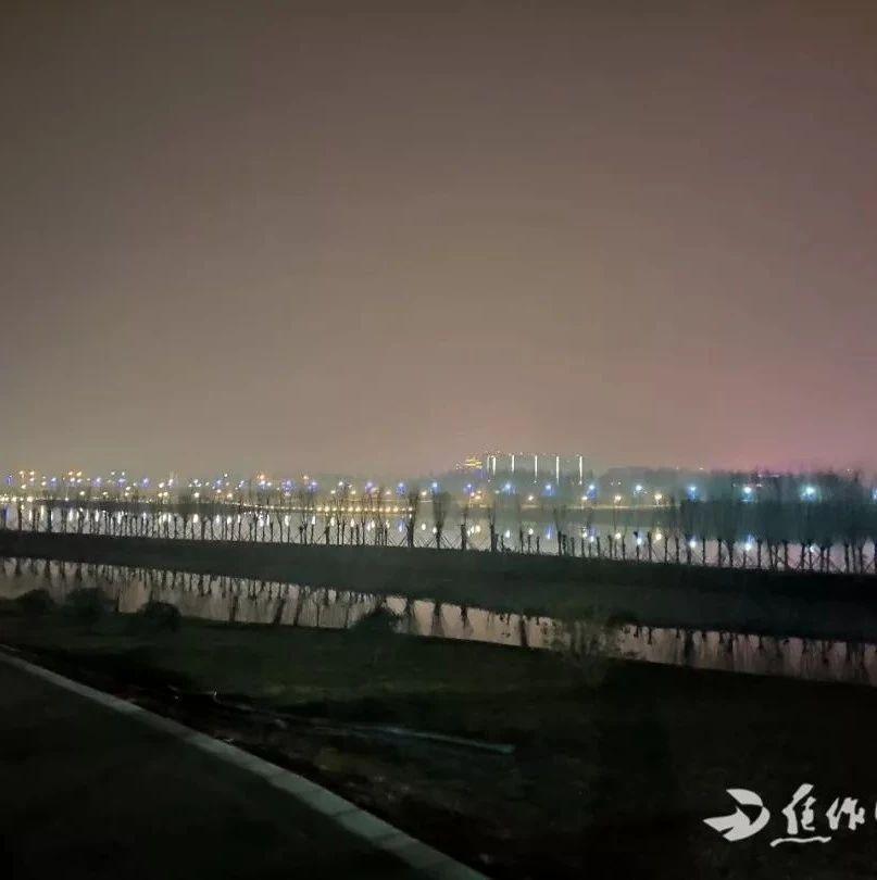 【城事】给力!焦作增发3条公交线路可抵达大沙河景区,这儿的夜景太美了……