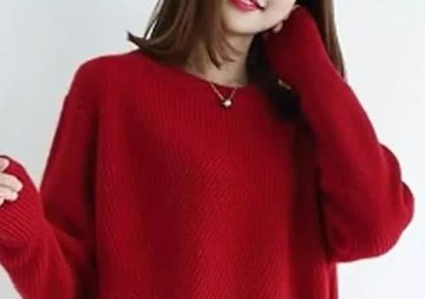 """又一种小衫火了,叫""""酒红""""羊绒衫,新春拜年穿,美的明媚动人"""