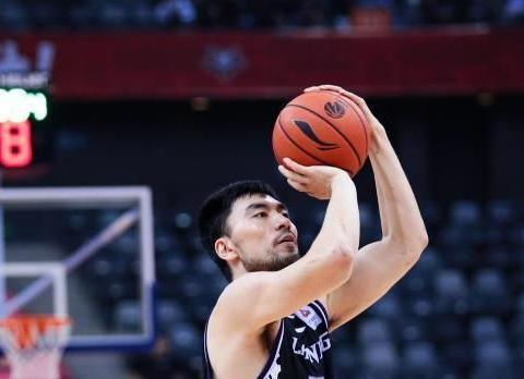 五场净胜49个篮板球,辽宁男篮找回最强杀招,李晓旭当居头功