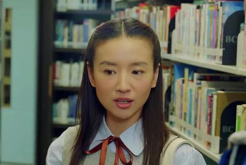 董洁40岁演18岁少女,网友:就不能找一个小演员吗?