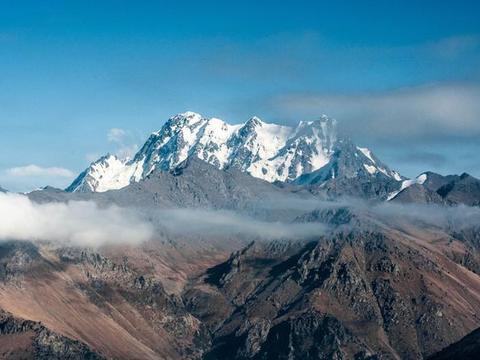 新疆有一人间仙境,曾是蟠桃盛会的道场,如今成为热门旅游景点