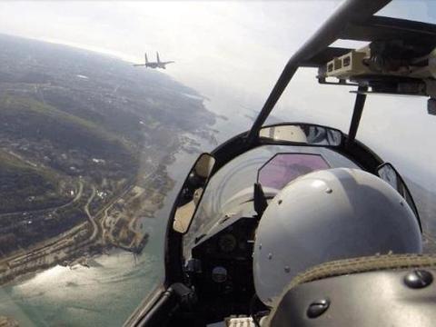 俄罗斯也拦不住! 美军调6个航母70万人参战, 谁劝都不行, 就要打!