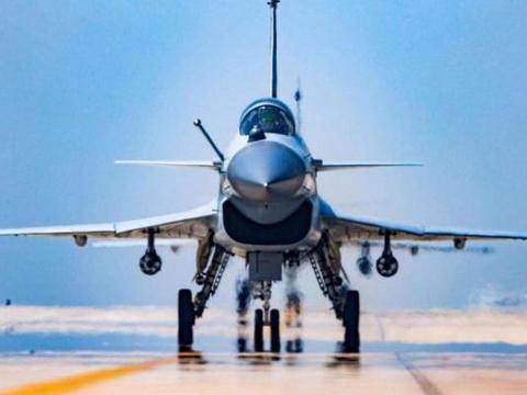 30亿援助资金到位后,伊朗将引进大批歼10C战机?已放出积极信号