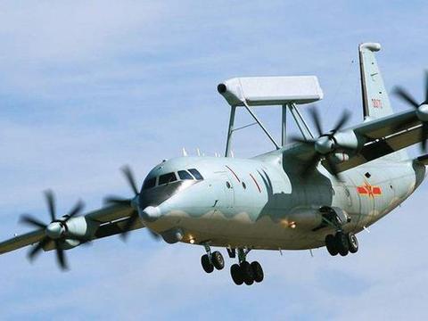 除了战舰外,飞机也开始下饺子,全新生产线一次可产5架预警机