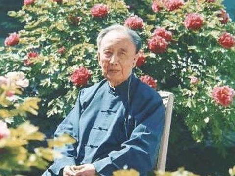 郭沫若先生辉煌的一生,为何死后连个墓地都没有?