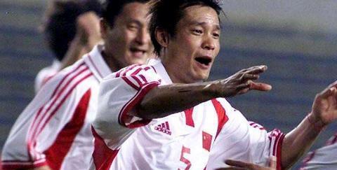 他是中国足球功勋人物,为何不受足协待见?球迷:谁让他乱说话?
